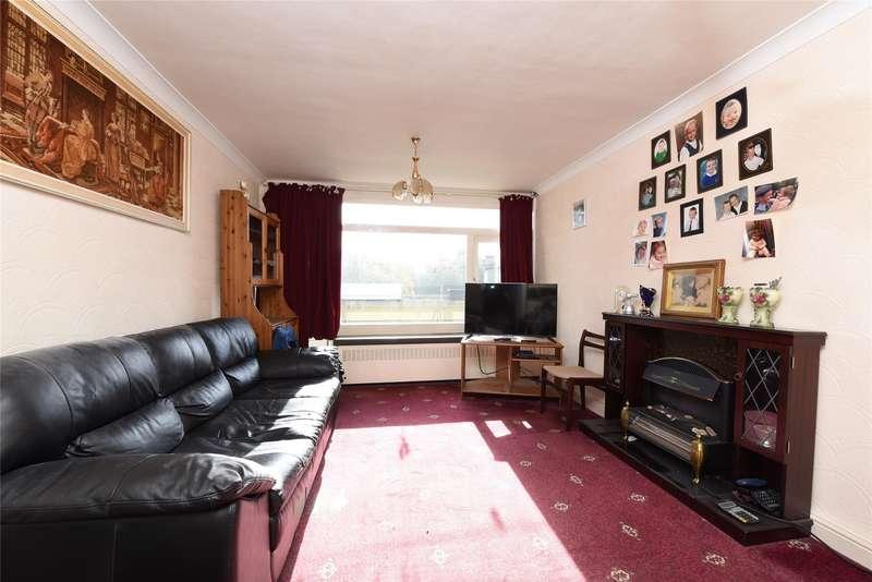 2 Bedrooms Maisonette Flat for sale in Winchfield House, Highcliffe Drive, London, SW15