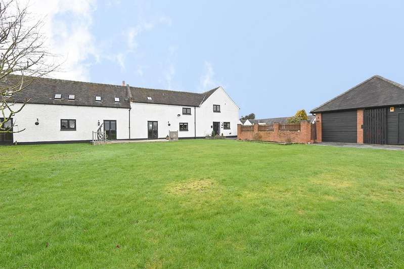 4 Bedrooms Barn Conversion Character Property for sale in Egginton Road, Hilton, Derby