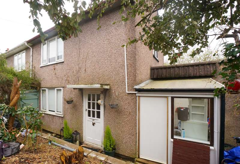2 Bedrooms Semi Detached House for sale in Sycamore Crescent, Risca, Newport, NP11
