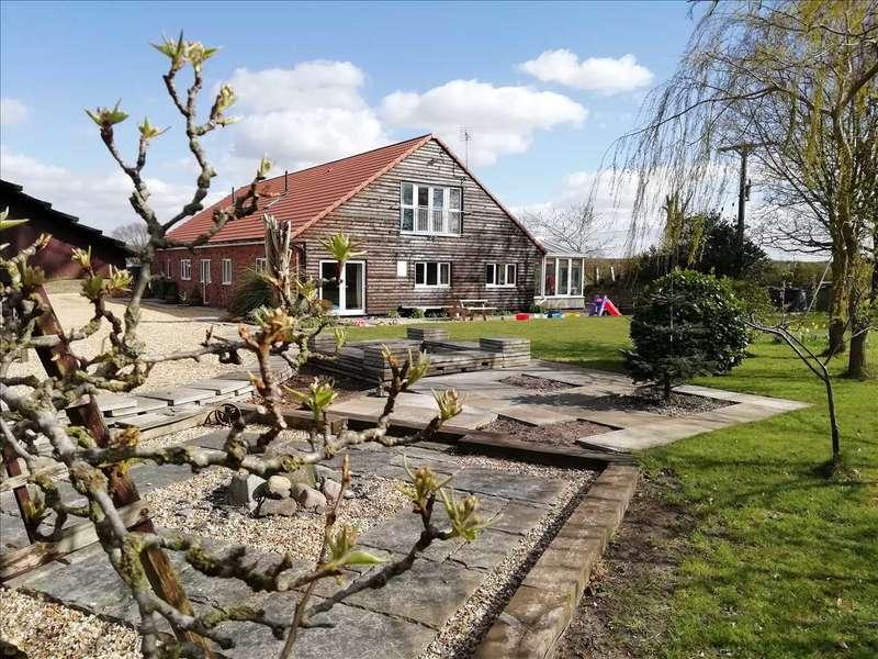 5 Bedrooms Detached Bungalow for sale in Hubblestrop Cottage, Holme Lane, Holme, Scunthorpe