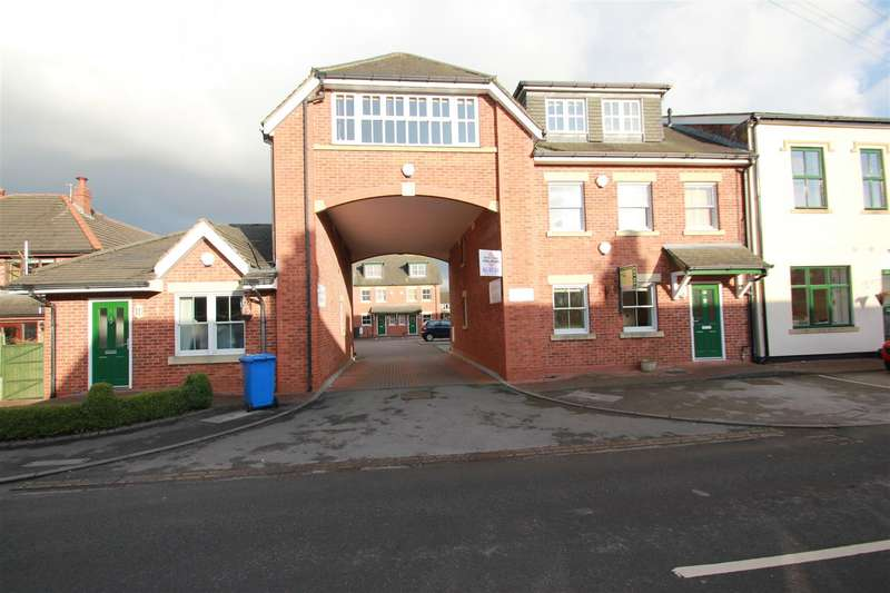 2 Bedrooms Apartment Flat for sale in Sandy Lane, Lymm, WA13 9HS.