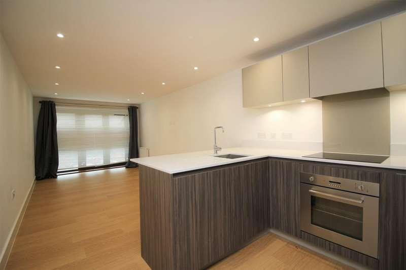2 Bedrooms Apartment Flat for rent in 199 Watling Street, Radlett