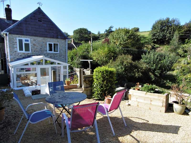 2 Bedrooms Cottage House for sale in Combpyne, Axminster