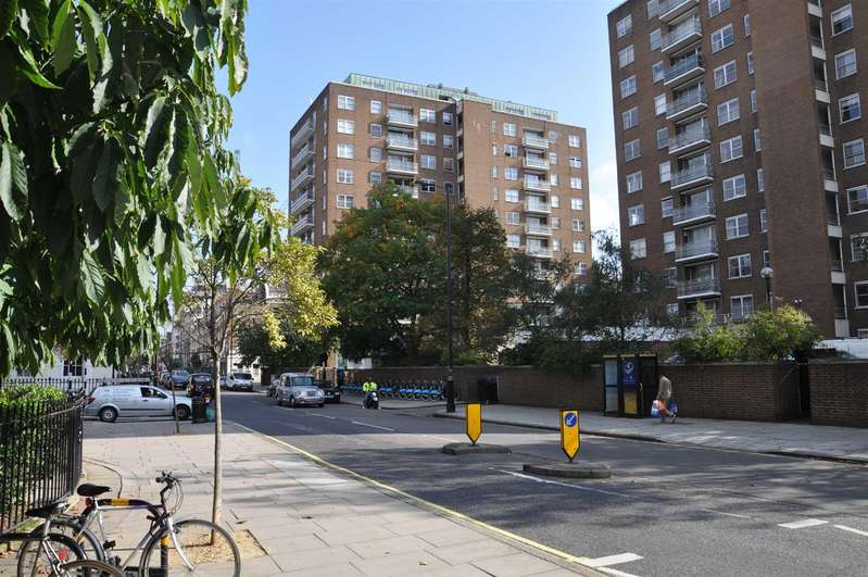 3 Bedrooms Flat for rent in Portman Towers, George Street, London W1H