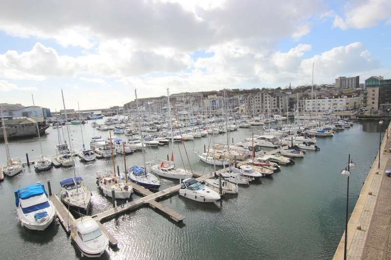 2 Bedrooms Flat for sale in Pinnacle Quay, 8 Harbour Avenue, Sutton Harbour, Plymouth, PL4 0BJ