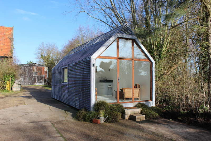 1 Bedroom Mobile Home for sale in The Contemporary Shepherds Hut