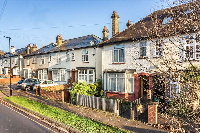 3 Bedrooms End Of Terrace House for sale in Clitherow Road, Brentford, TW8
