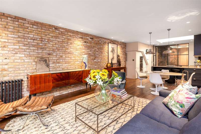 3 Bedrooms Semi Detached House for sale in Archway Road, London, N6