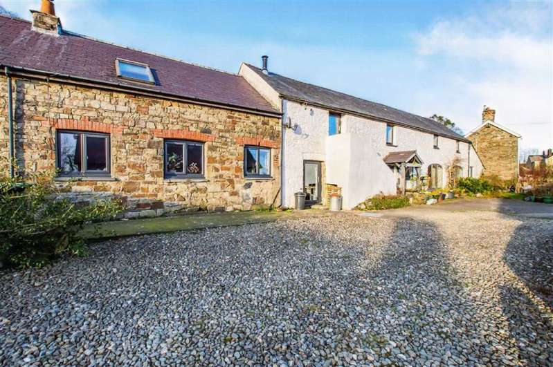 3 Bedrooms Semi Detached House for sale in New Moat, Clarbeston Road, Pembrokeshire