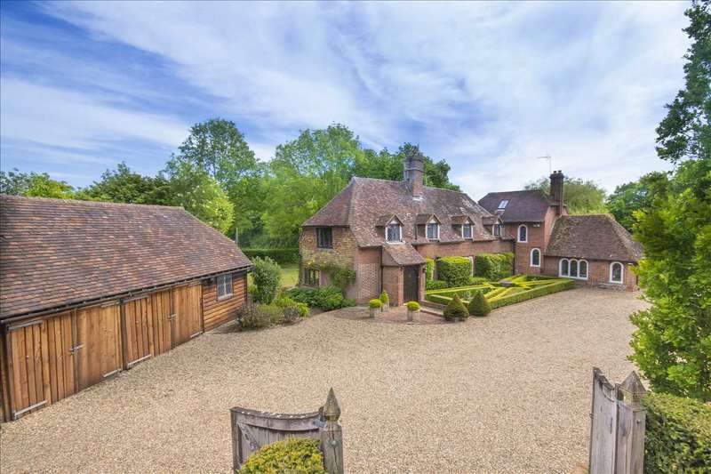 4 Bedrooms Detached House for sale in Thorne Manor, Smarden Road, Pluckley