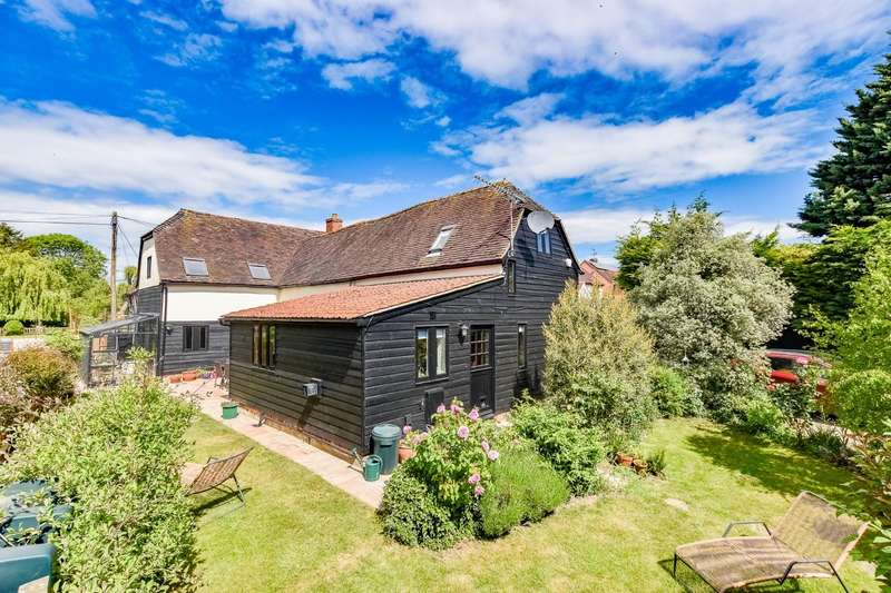 4 Bedrooms Barn Conversion Character Property for sale in The Street, High Roding