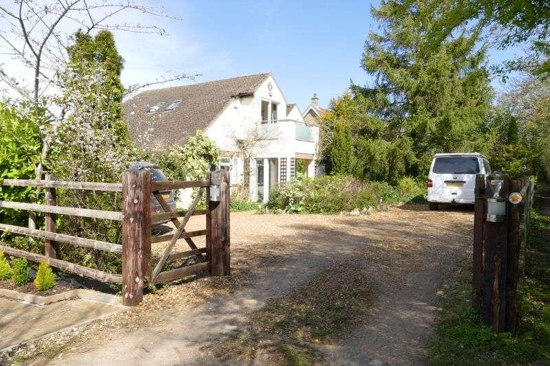 5 Bedrooms Property for sale in Glebe Lane, Milton Keynes