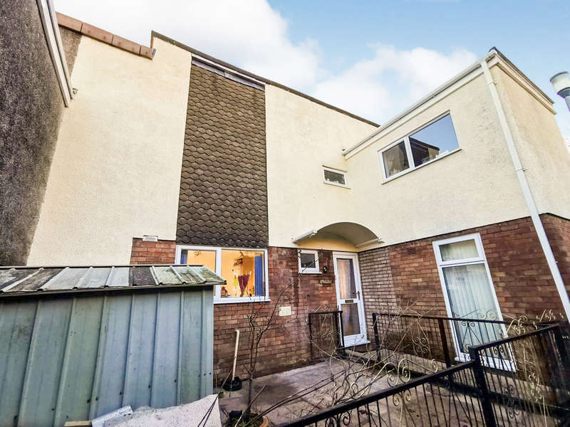 3 Bedrooms Terraced House for sale in Church Road, Abersychan, Pontypool