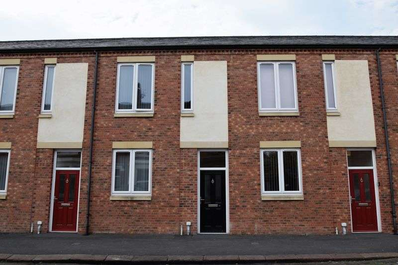 3 Bedrooms Property for rent in Student House - Orfeur Street, Carlisle