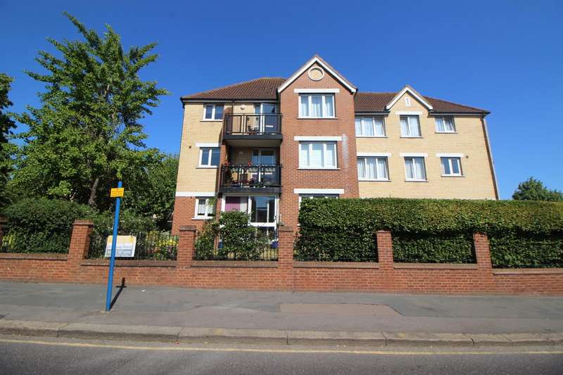 1 Bedroom Retirement Property for sale in Turners Hill, Waltham Cross