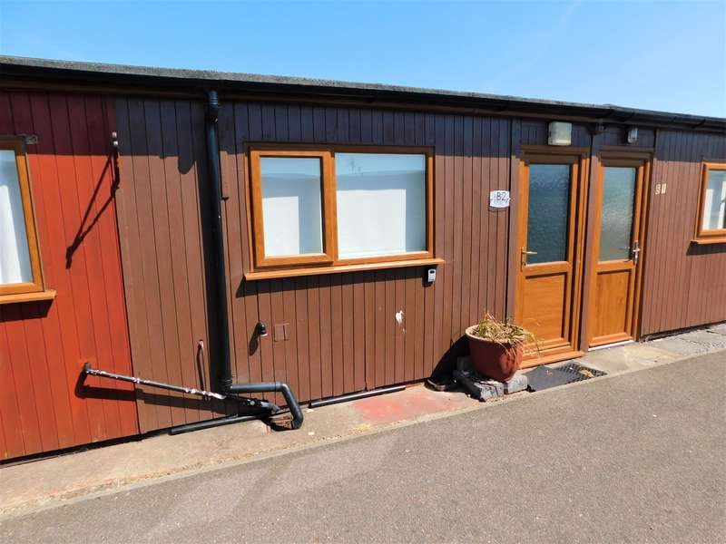 2 Bedrooms Property for sale in Links Avenue, Mablethorpe, LN12 1QN