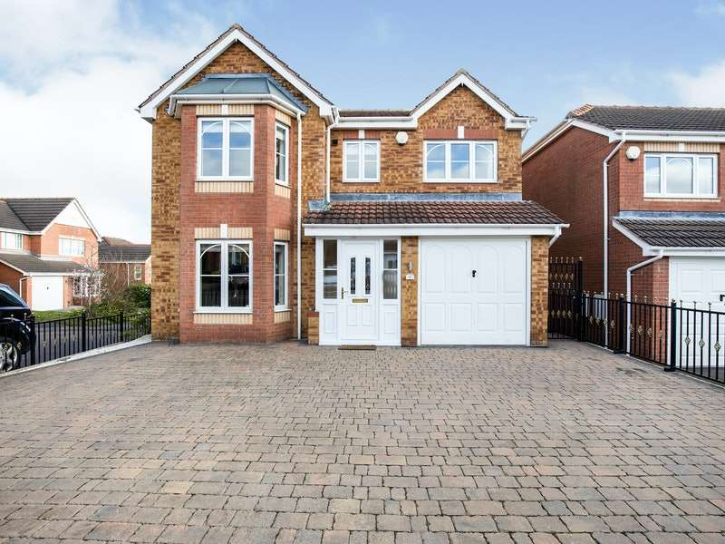 4 Bedrooms Detached House for sale in Scholes Field Close, Rotherham, South Yorkshire, S61