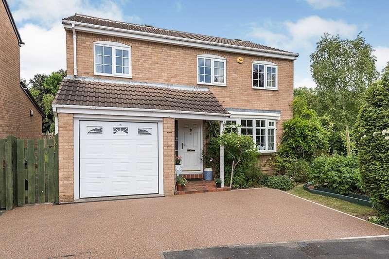 4 Bedrooms Detached House for sale in Birchfields Avenue, Leeds, West Yorkshire, LS14