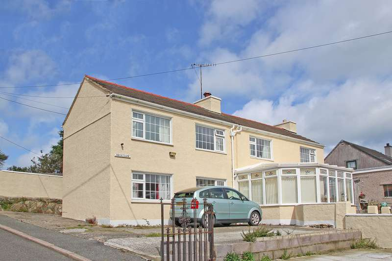 4 Bedrooms Detached House for sale in Brickpool, Amlwch, Anglesey, LL68