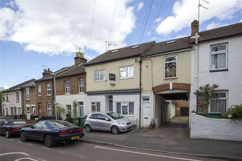 2 Bedrooms Flat for sale in Sotheron Road, Watford, Hertfordshire, WD17