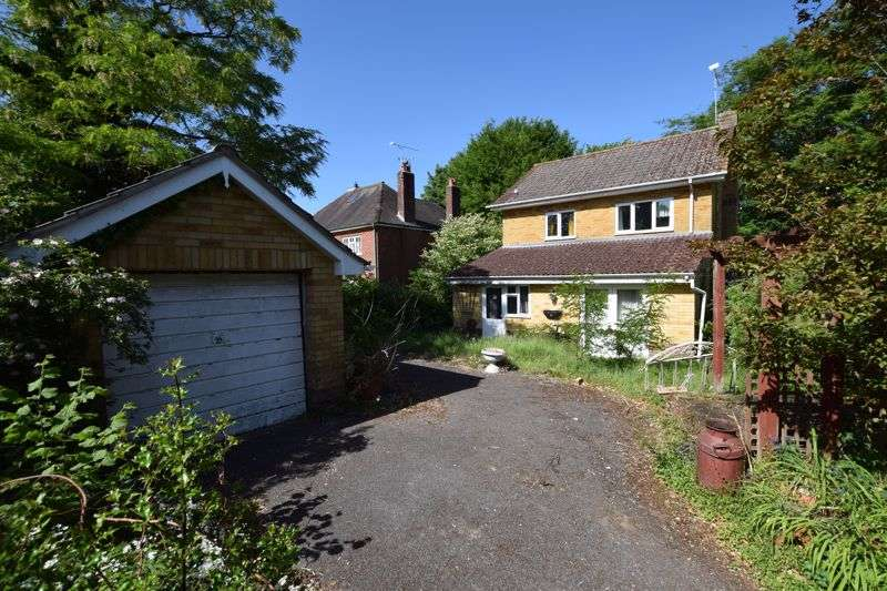 3 Bedrooms Property for sale in Long road frontage, corner of Anstey Lane, Alton