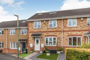 4 Bedrooms Terraced House for sale in Highridge Close, Weavering, Maidstone, Kent