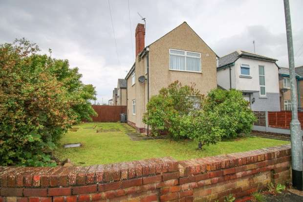 3 Bedrooms End Of Terrace House for sale in Prescot Place, Thornton Cleveleys, FY5