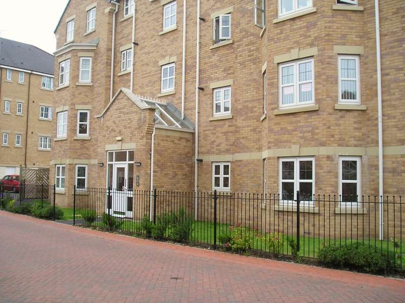 2 Bedrooms Flat for sale in Primrose Place, Doncaster, South Yorkshire, DN4