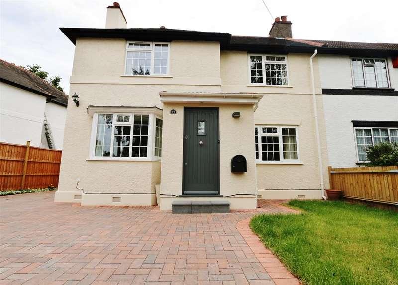 4 Bedrooms Semi Detached House for rent in Burstow Road, Wimbledon, Wimbledon