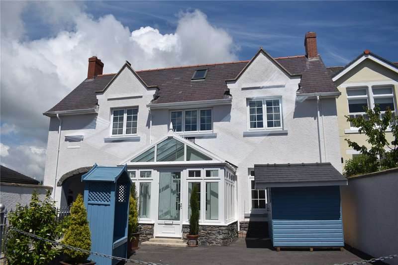 3 Bedrooms Retirement Property for sale in River View, East Back, Pembroke, Pembrokeshire