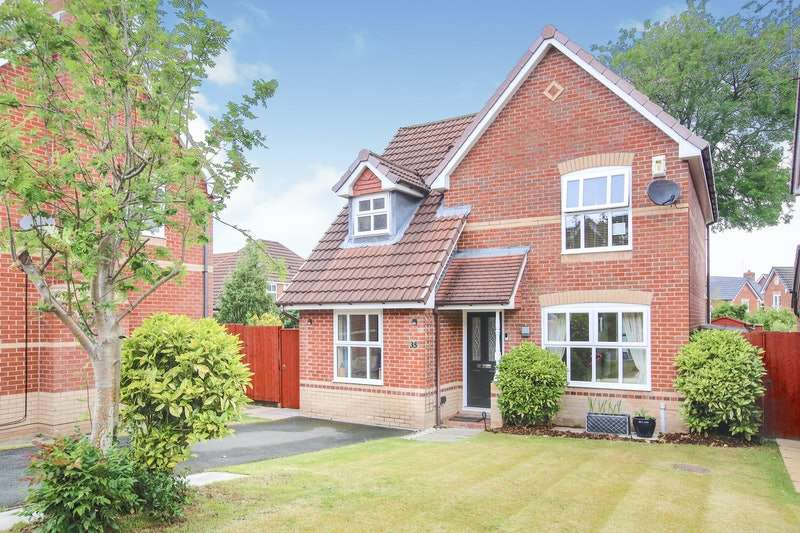 3 Bedrooms Detached House for sale in Beverley Way, Macclesfield, Cheshire, SK10
