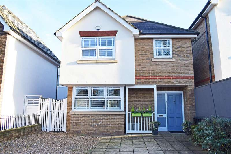 6 Bedrooms Detached House for sale in Gloucester Road, Hampton