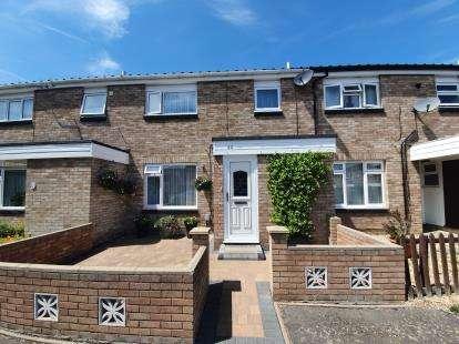3 Bedrooms Terraced House for sale in Milburn Road, Goldington, Bedford, Bedfordshire