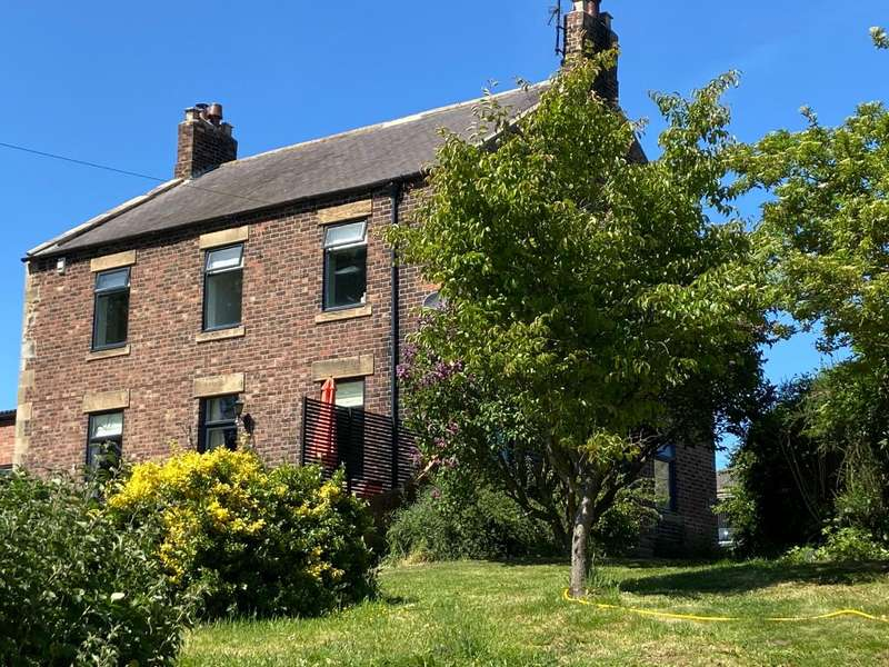 4 Bedrooms Detached House for sale in Halford Lane, Acomb, Hexham