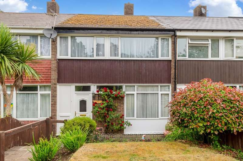 3 Bedrooms Terraced House for sale in Ravensmead Road, Bromley