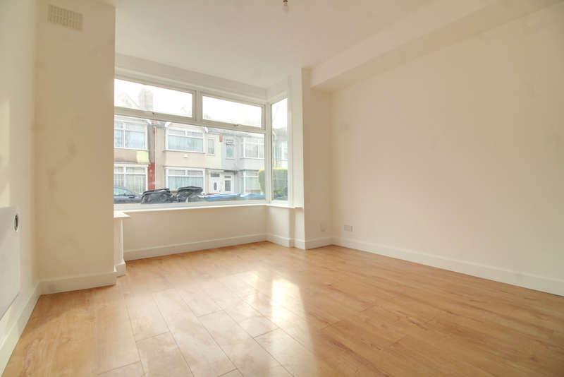 1 Bedroom Studio Flat for sale in Winchester Road, Edmonton N9