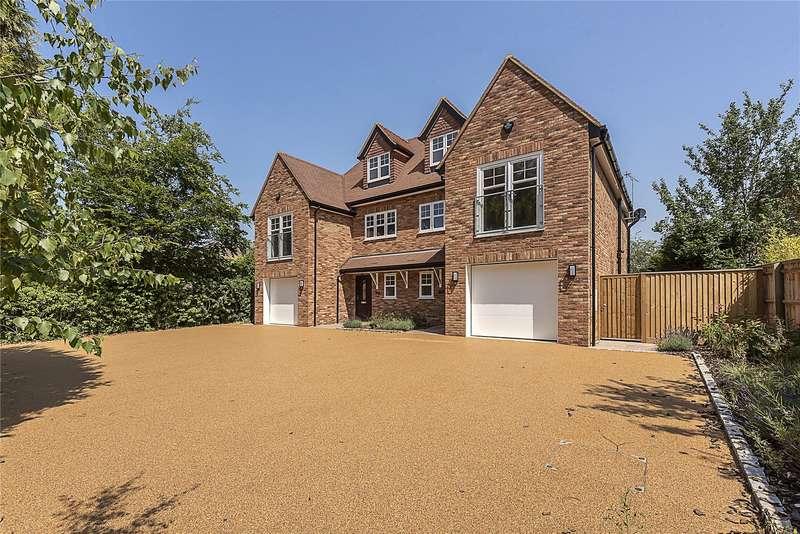 Semi Detached House for sale in Dorney Wood Road, Burnham, Slough, SL1