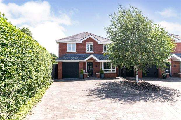 4 Bedrooms Detached House for sale in Princes Avenue, Droitwich, Worcestershire
