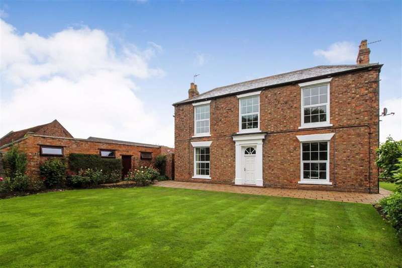 4 Bedrooms Detached House for sale in Hull Road, Skirlaugh, East Yorkshire