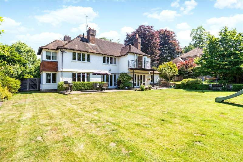 5 Bedrooms Detached House for sale in Chesters Road, Camberley, Surrey, GU15