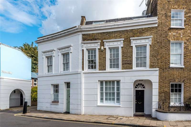 3 Bedrooms Terraced House for rent in Thornhill Road, Barnsury, Islington, N1