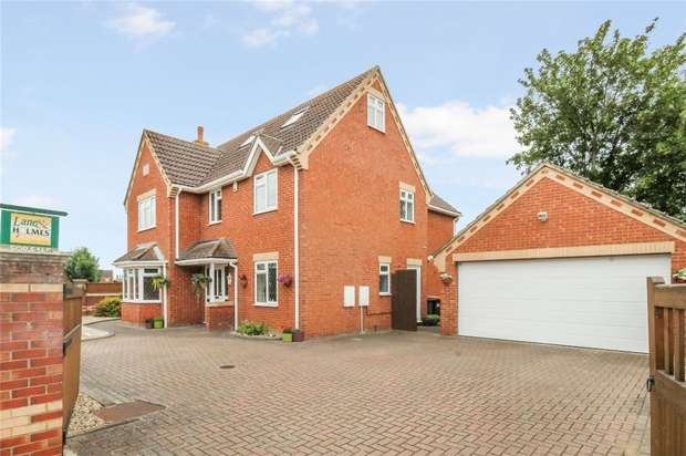 6 Bedrooms Detached House for sale in Barkers Lane, Bedford