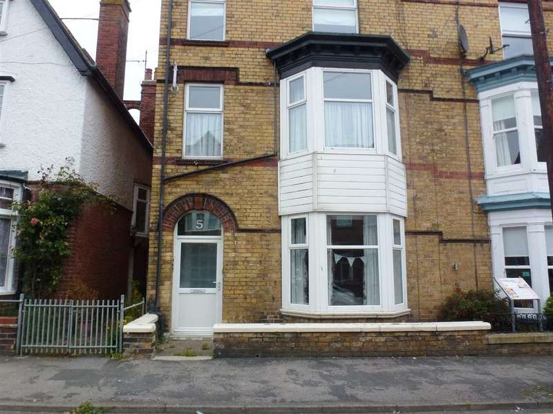 2 Bedrooms Apartment Flat for rent in Rutland Street, Filey