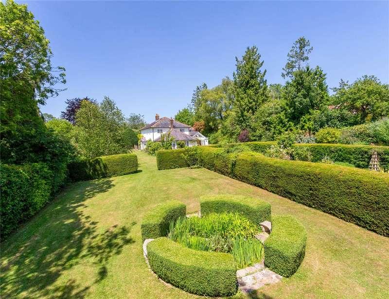 4 Bedrooms Detached House for sale in Winterslow, Salisbury, Wiltshire, SP5