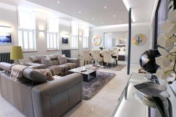 2 Bedrooms Flat for rent in York Street, Swansea, SA1