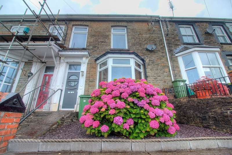 3 Bedrooms Terraced House for sale in Mountain Ash Road, Abercynon