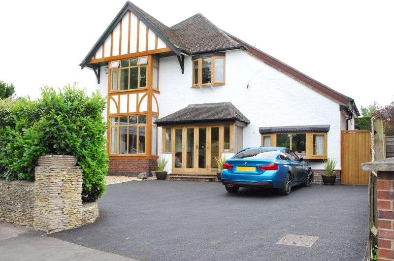 4 Bedrooms Property for sale in Estcourt Road, Gloucester