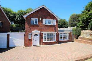 3 Bedrooms House for sale in St. Vincents Place, Eastbourne, East Sussex