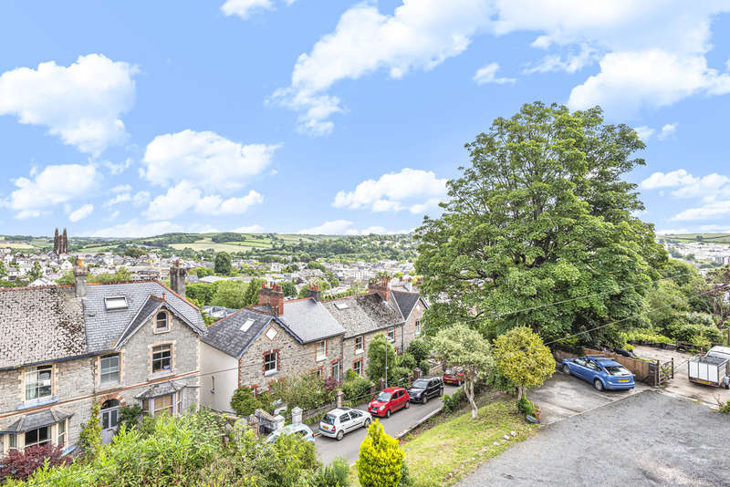 3 Bedrooms Semi Detached House for sale in Maudlin Road, Totnes