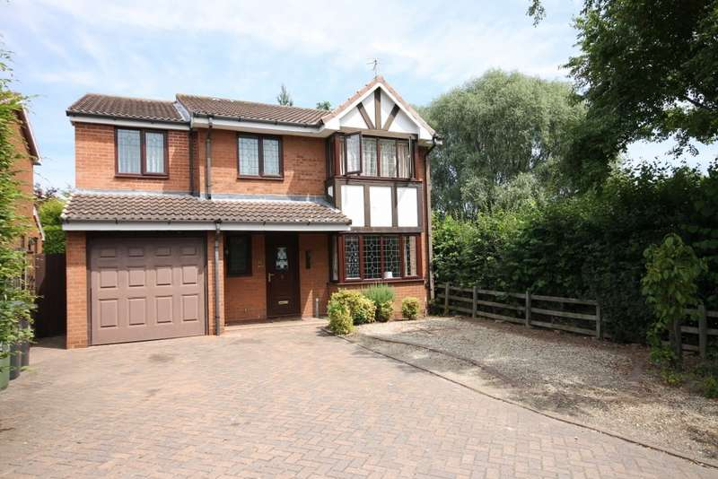6 Bedrooms Detached House for rent in Broadfield Gardens, Worcester, WR4.